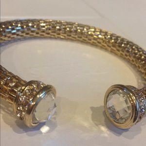 Jewelry - Goldtone Open Ended Crystal Mesh Bracelet
